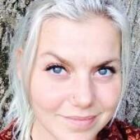 Medium - Purmerend - Elisa Namaste
